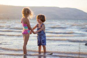 juegos en el mar y la playa